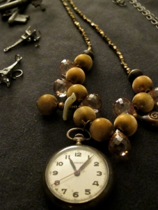 rue de la marguerite, pocket watch, necklace